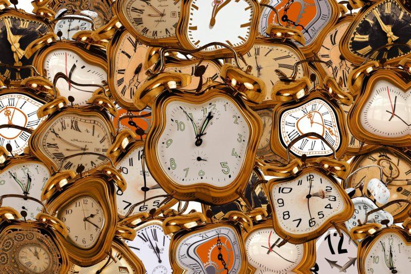 Distorted clocks